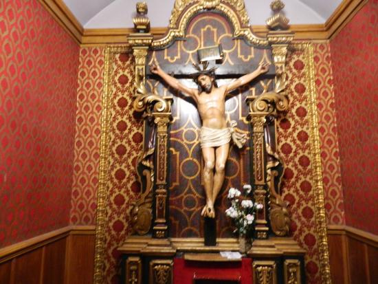 Iglesia de San José: Cristo crucificado