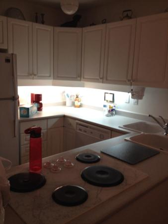 Ridgeview Gardens Bed and Breakfast: Fully equipped kitchen