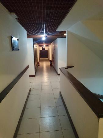 Guaruja Inn: Corredor