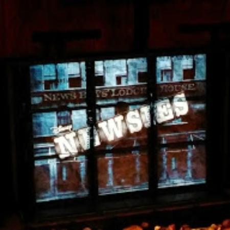 Ohio Theater: Newsies :)