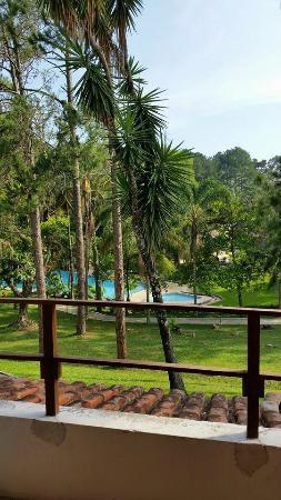 Santa Isabel, SP: Vista para a piscina