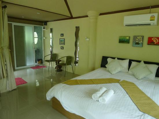Baan Chao Mai Beach House
