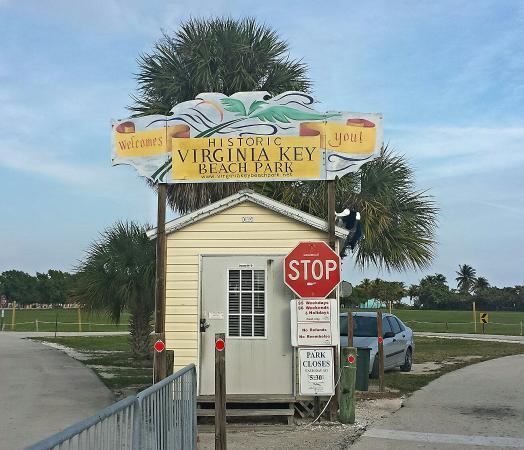 Historic Virginia Key Beach Park: Entrance