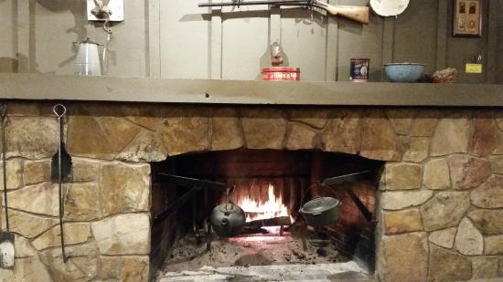 Fireplace, Mantle and Deer - Picture of Cracker Barrel, Davenport ...