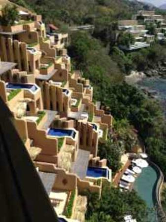 Capella Ixtapa: The Tabachines and Zacatoso buildings..Lack of privacy