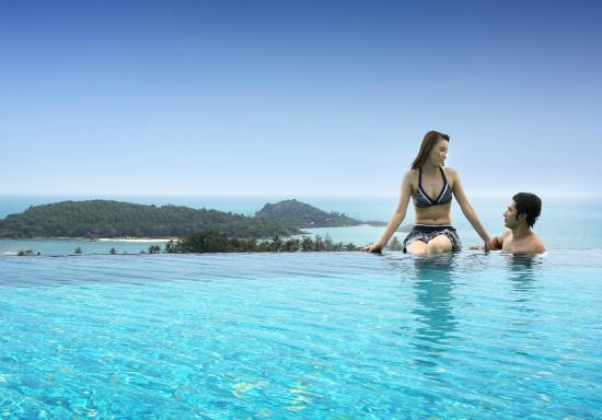KC Resort & Over Water Villas: Relax With a view