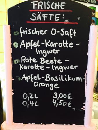 Flamingo Fresh Food Bar: fresh juices
