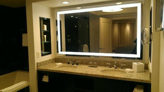 Large double vanity in master bathroom & 2 person soaking tub ...