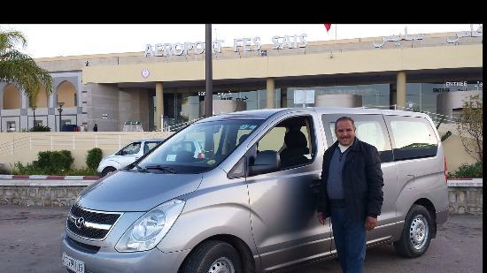 Riad Layali Fes: Notre chauffeur à l'aéroport de Fes