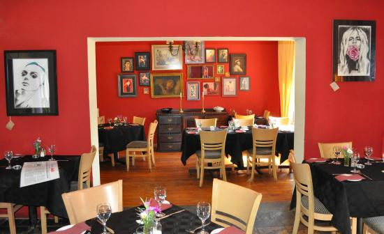 The Rose on York Restaurant: Cosy dining