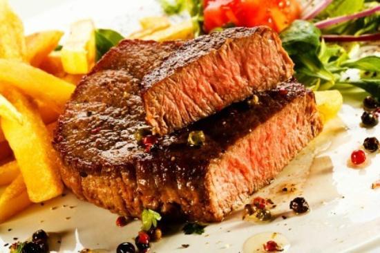 The Rose on York Restaurant : Steak and wedges