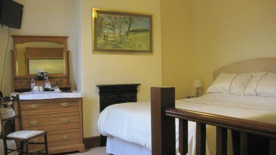 Woodbank, UK: Large double room 2