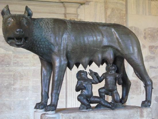 фото римская волчица