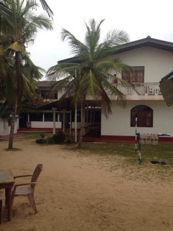 Samaru Beach House: Сад