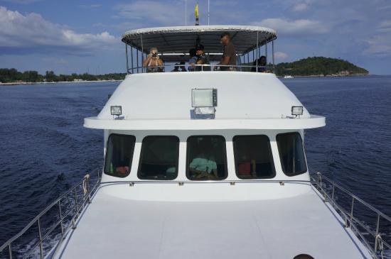 Ko Sarai, Tajlandia: boat