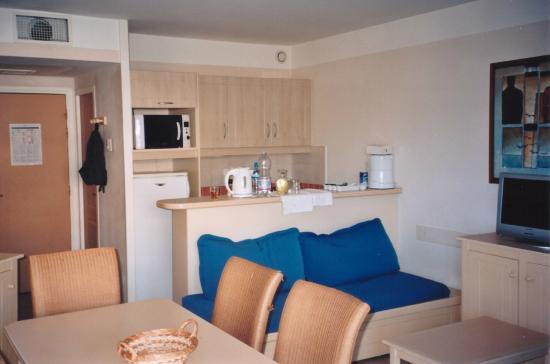 Zona cucina e sala da pranzo - Picture of Pierre & Vacances ...