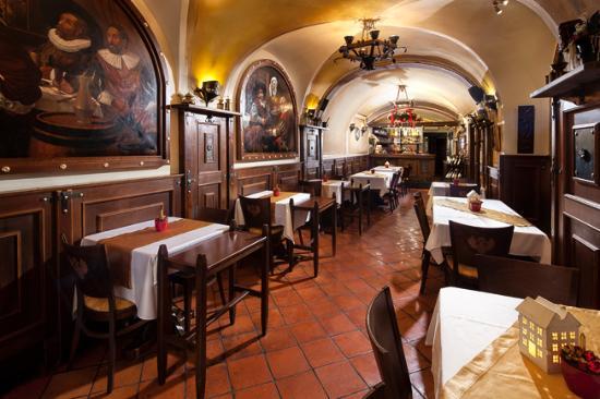 Residence U Cerneho Orla: Restaurant