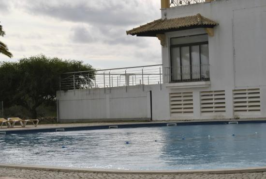 Golden Club Cabanas : Great quiet family holiday!