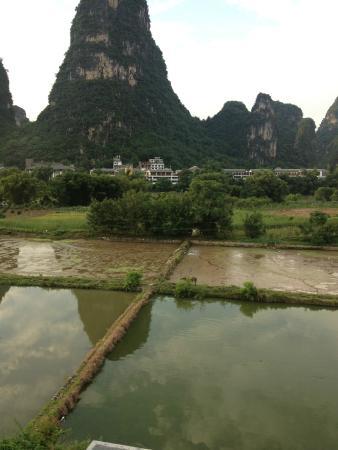 Yangshuo Meet Homey Resort : View from balcony
