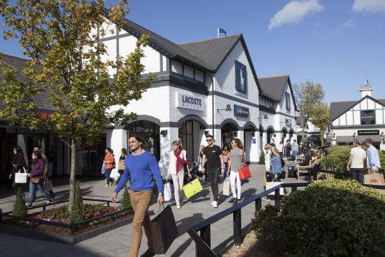 Ellesmere Port, UK: Cheshire Oaks Designer Outlet