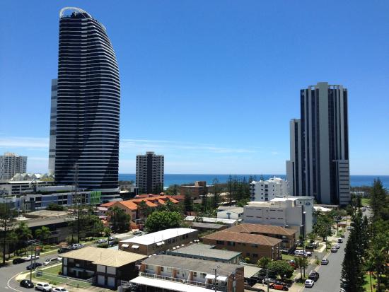 Broadbeach Savannah Resort: Balcony view from 10th floor