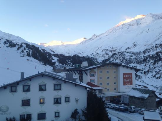 Hotel Alpenland: The early morning view from our balcony