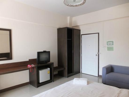 Phaiboon Place Hotel: Viel Stauraum