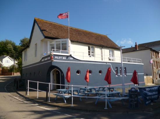 Pilot Boat Inn