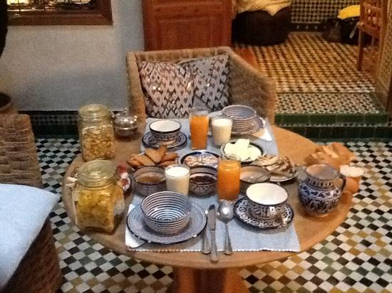 Dar Houdou Guest House : breakfast