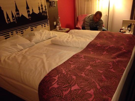 Mercure Hotel Wuerzburg am Mainufer : Cama bem legal