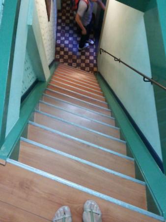 """Hotel Internationaal: """"Escadas rapel"""""""