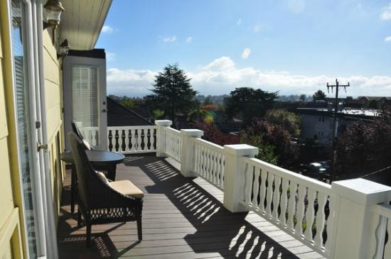 Bed and Breakfast Inn Seattle: The deck
