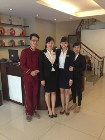 Hanoi Serene Hotel: ホテルスタッフ