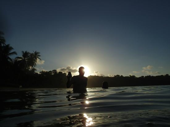 Hotel Rancho Corcovado: Sunset swim