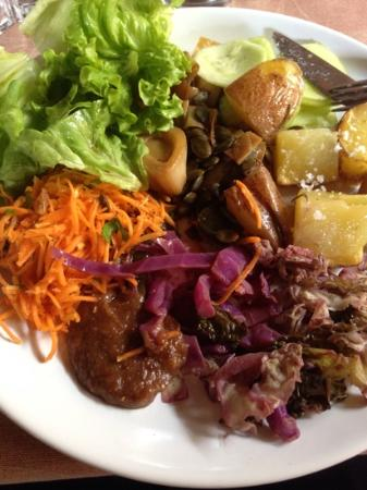 Vale De Moses: Food glorious food