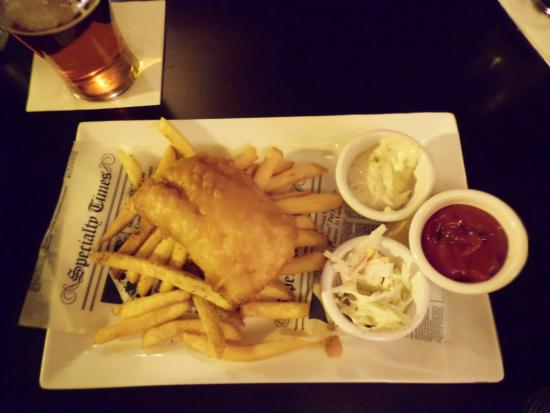 Solas Pub: Fish and chips