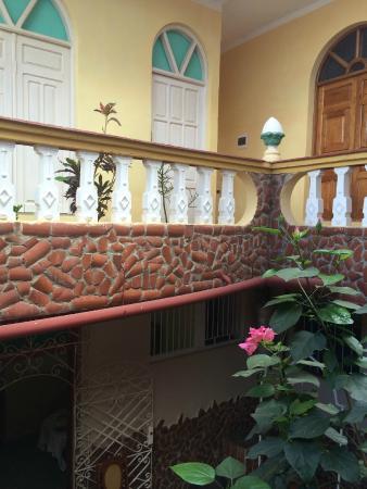 Casa Juan Carlos Orbea y La China : Three story house with beautiful light.