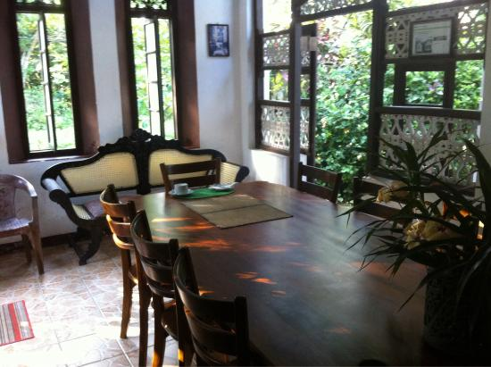 Home Stay Strand: Breakfast room