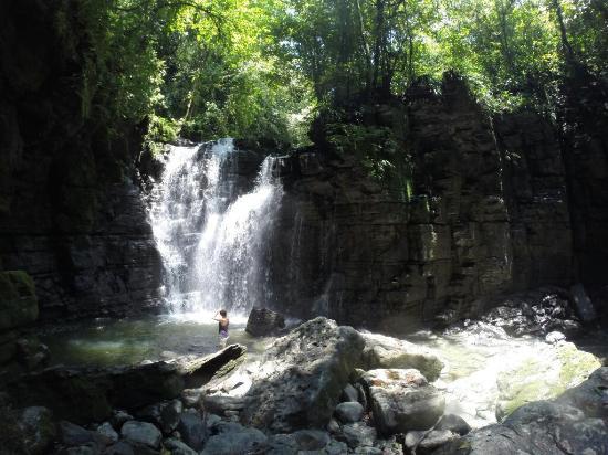 Misahualli, Ecuador: La grande cascade du bout du parcours