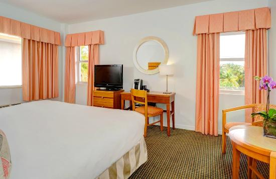 South Seas Hotel: King Room