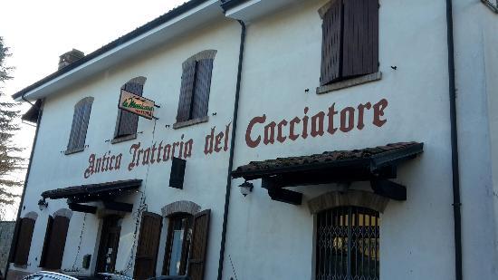 San Giorgio Piacentino, Italie : Il davanti