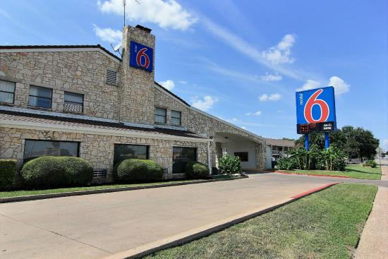 Motel 6 Austin Central - South/Univ of Texas