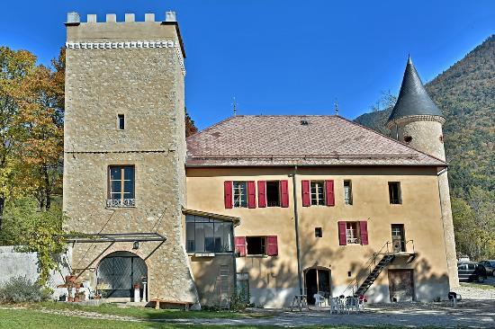 Ch teau du terrail b b montmaur france voir les for Prix chambre chateau vallery