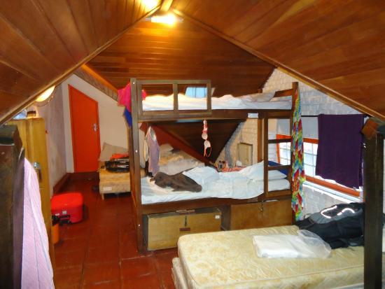 Bamboo Rio Hostel: Quarto misto para 6 pessoas suíte