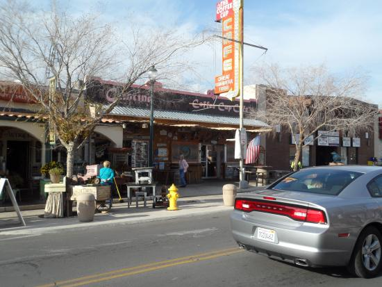 Nevada Way : Old Boulder Hwy