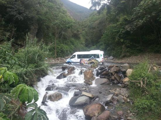 MachuPicchu en Bus - Caracol