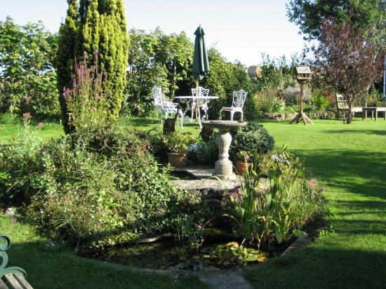 Blue Anchor, UK: Gardens