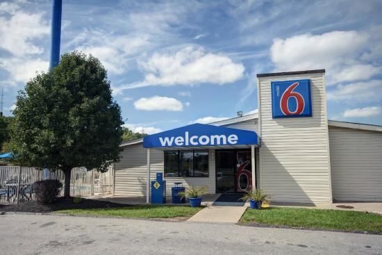 Motel 6 Charleston West - Cross Lanes WV