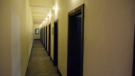 Gestapo Headquarters Museum: Pasillo