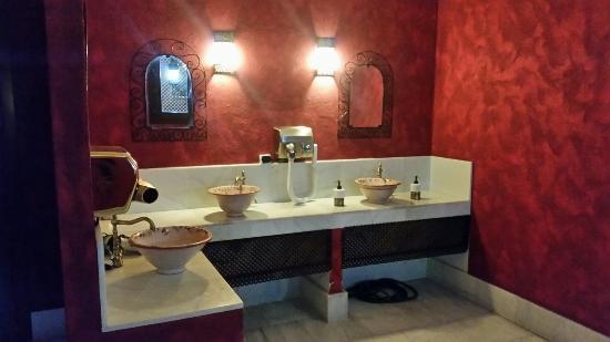 Baños Arabes Medina Mudejar:Banos Arabes Hours